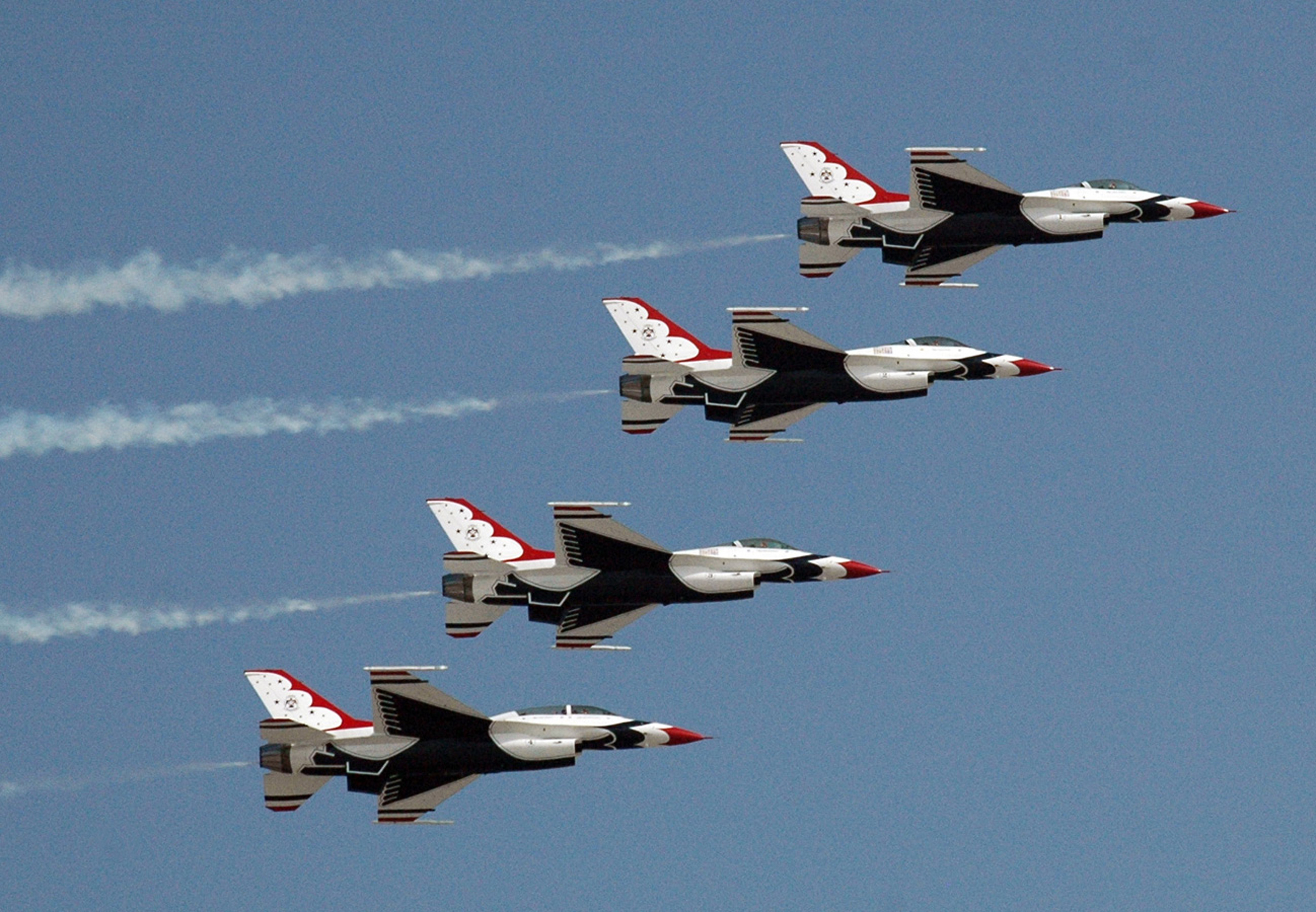 Trump to lead Thunderbird Super Bowl 51 Flyover » Article 107 News